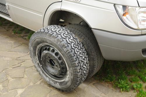 … amtliche Schluffen: 16Zoll-Räder mit Allterrain-Profil