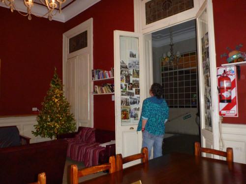 …auch hier gibt's Weihnachtsbäume, nur blinken die hier noch hecktischer