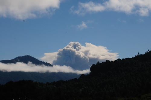 …Vulkan Puyehue beim Asche spucken