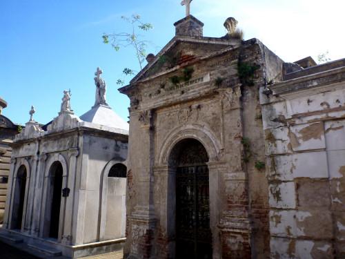 …auf dem Friedhof Recoleta, auch Evita Rerón liegt hier
